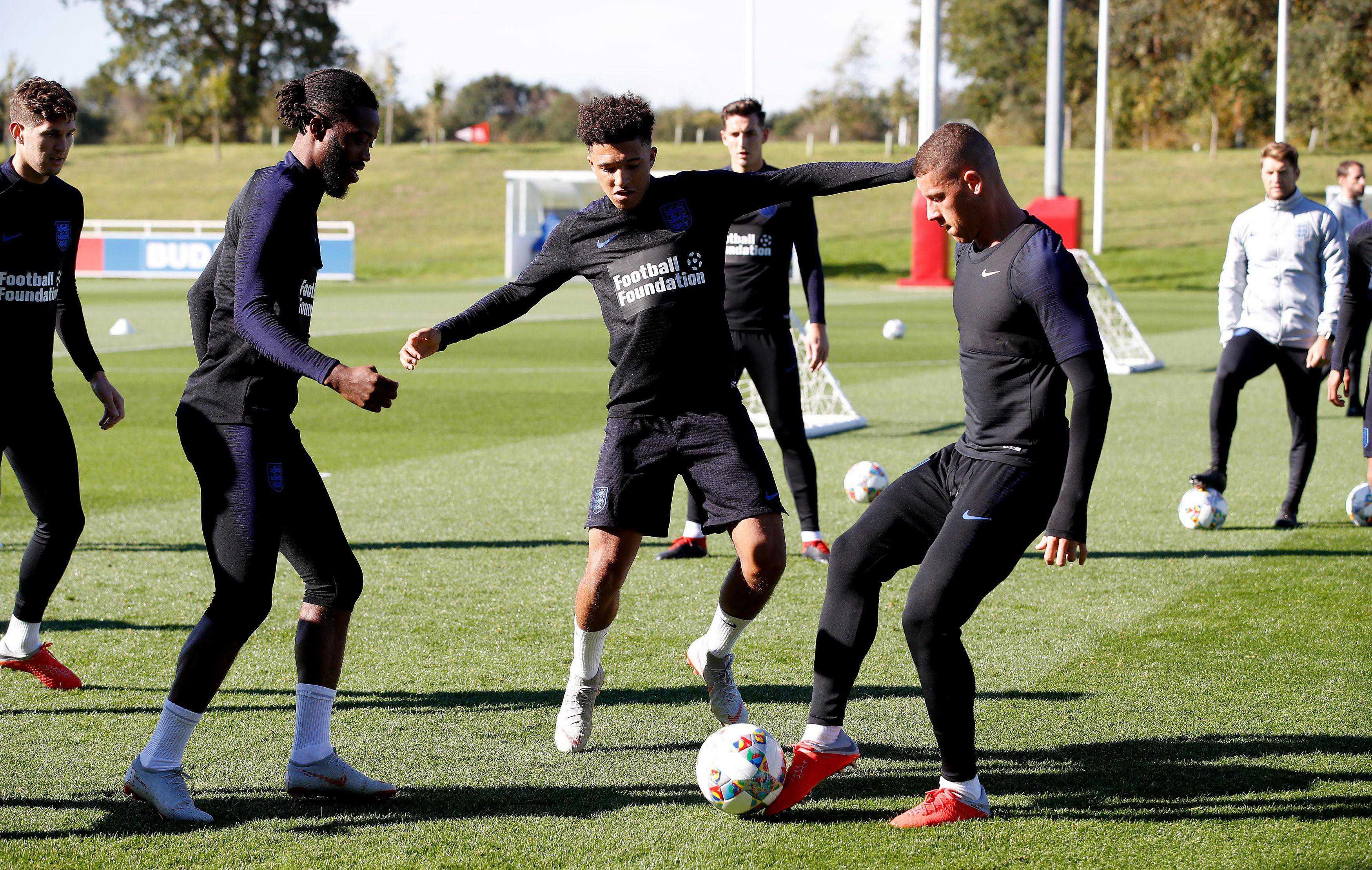 Scooper Football News Where S Jesse England Mock Rashford Over Lingard Bromance As He Arrives For Training