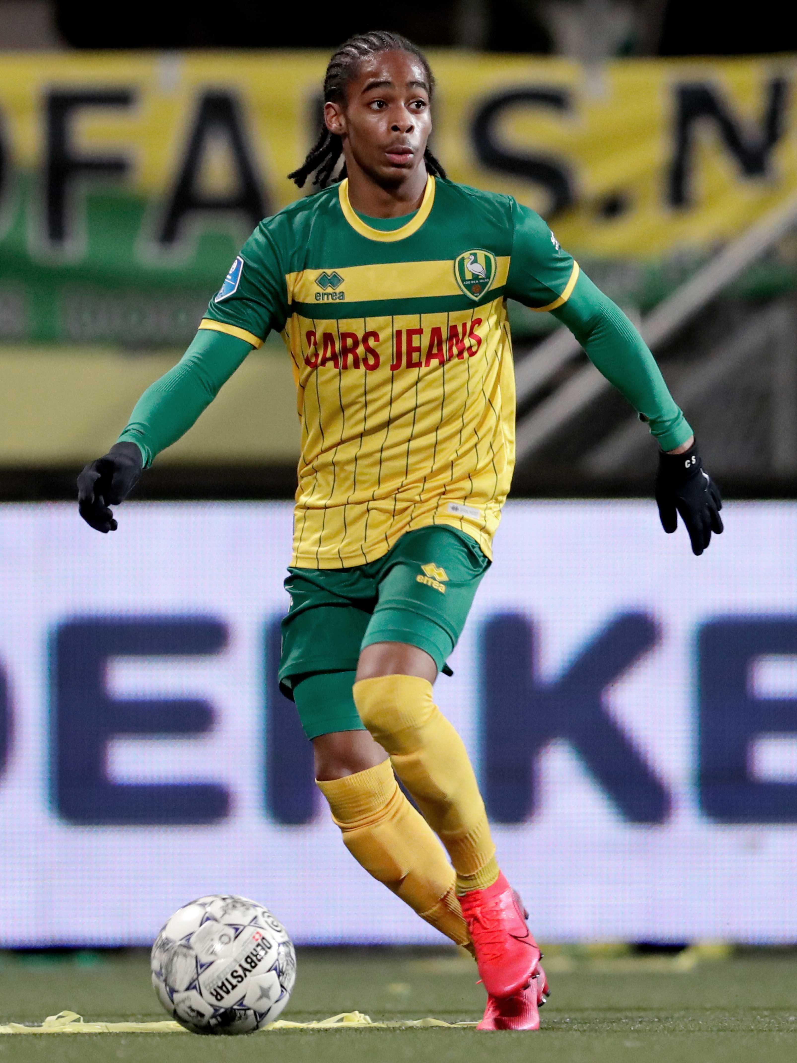 Scooper Nigeria Football News Leeds Set To Snap Up Feyenoord Winger Crysencio Summerville 18 In 1 3m Transfer With Talks Progressing